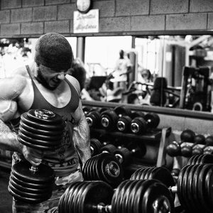 Lorenzo Becker by Gilles Thiercelin photographe-bodyfitness.fr #NOEXCUSE #bodybuilder #nopainnogain #muscle #trainning — avec Lorenzo Becker.
